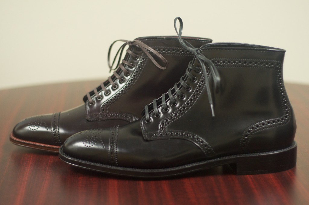 Black and Color 8 Semi-Brogue Boot - 2