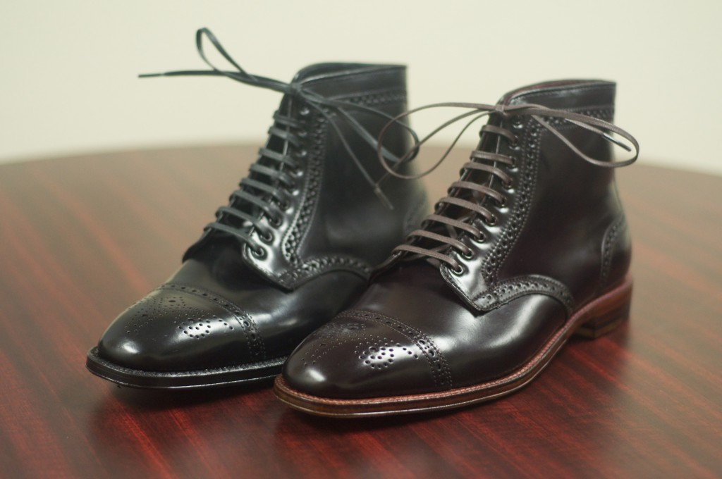 Black and Color 8 Semi-Brogue Boot - 3